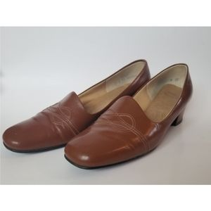 Vintage Selby Leather Block Heel Loafers